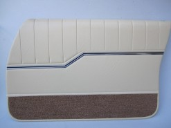 HOLDEN HQ MONARO GTS SEDAN DOOR TRIM SET DOESKIN 38 (METAL TOP EXCHANGE)