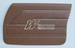 HOLDEN HQ SANDMAN FRONT DOOR TRIM SET CHESTNUT 39 (METAL TOP EXCHANGE)